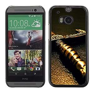 Qstar Arte & diseño plástico duro Fundas Cover Cubre Hard Case Cover para HTC One M8 ( Sword Handle Knight Warrior Fairytale)