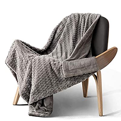 """Bedsure Faux Fur Reversible Fleece Throw Blanket - Super Soft Fuzzy Lightweight Throw for Couch Chair Sofa and Bed(50 x 60 inches, Grey) - FEEL THE DIFFERENCE: Completely animal friendly, Bedsure Throw Blanket features luxuriously high grade faux fur that emulates the texture of real fur to wrap you up in a sumptuous softness - Super plush and cozy, our blankets WON'T shed/leave lint at all like other furry blankets - Exquisite design and decent weight, you need to feel it to believe it! CLASSY & ELEGANT: Carefully crafted with 1.5"""" thick faux fur on the top side and smooth fleece on the backside, our blanket will take your home decor to a whole new level - Perfect accent piece to your living room, bedroom or balcony as a throw for couch or bed - Delightfully warm and cuddly, blankets add subtle sophistication to cozy days all year round. VERSATILE USAGES: Versatile throw blankets are perfect for cuddling up with your significant ones with a cup of coffee in the chilly theater, park or any sitting area - Protect your couch from the pets' fur, nails & claws - 380GSM blanket is easy to travel with or take with you on car rides - Wonderful gifts for your animal friends for any occasion. - blankets-throws, bedroom-sheets-comforters, bedroom - 51IH5QjTlhL. SS400  -"""