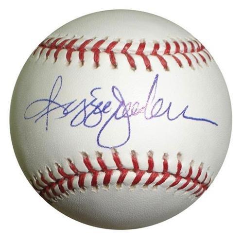 (Reggie Jackson Autographed MLB)