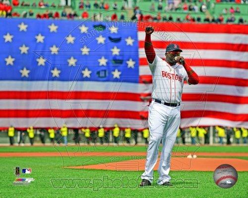 David Ortiz Boston Red Sox Addresses Fenway Park Crowd 4/20/13 Photo 8x10 (David Ortiz Poster)