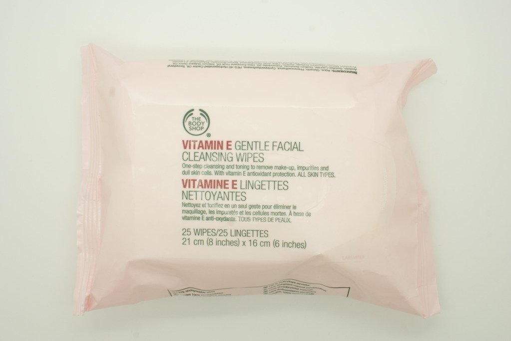 The Body Shop Vitamin E Gentle Facial Cleansing Wipes x 25 Sheets