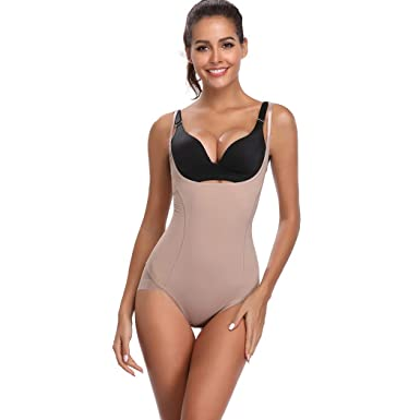 02cca1e1d71 Joyshaper Women s Basic Solid Camisole Adjustable Spaghetti Strap Tank Top  Seamless (Beige