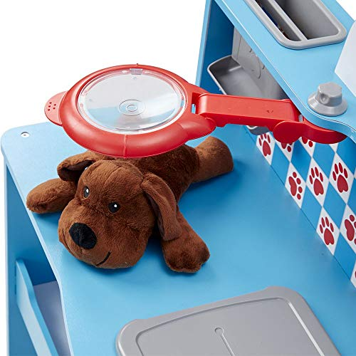 Great for Plush Stuffed Pets Role Play Center Teaches Empathy Melissa /& Doug Animal Care Veterinarian /& Groomer Wooden Activity Center