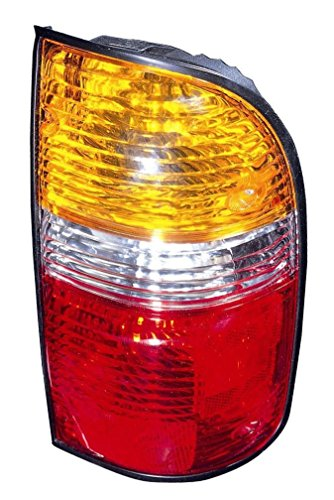 Toyota Tacoma Rear Lamp - 01-04 TOYOTA TACOMA Right Passenger Rear Tail Light Lamp