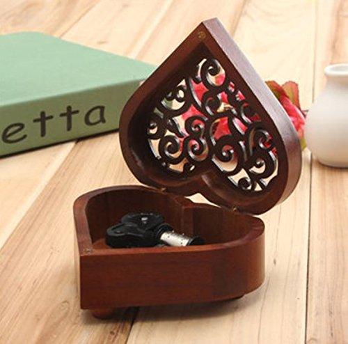 Retro en forma de corazón tallado Wind-up Caja de música de madera por Advanced