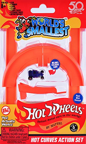 Worlds Smallest Hot Wheels Hot Curves Action Set