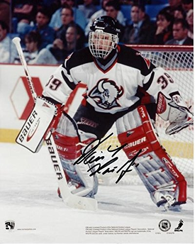 Dominick Hasek Signed - Autographed Buffalo Sabres 8x10 inch Photo - Guaranteed to pass or JSA - PSA/DNA Certified (Photo Sabres Nhl Buffalo Signed)