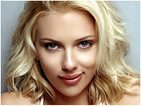 Scarlett Johansson Beauty Close Up Smirking 8 X 10 Inch Photo At Amazon S Entertainment Collectibles Store