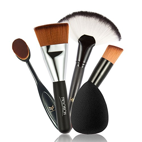 Professional quality and blend makeup very well.