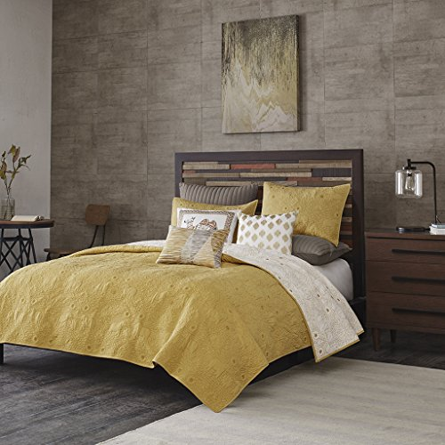 INKIVY Kandula 3 Piece Coverlet Mini Set Yellow FullQueen by Ink+Ivy