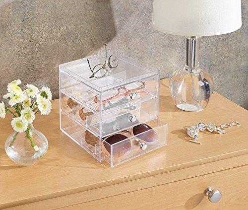 Interesante caja organizadora para proteger gafas de sol o de ver. Opción de colores.
