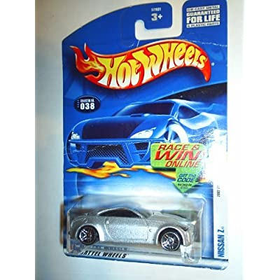 Hot wheels Nissan z 2002 First Edition 26 of 42 038: Toys & Games