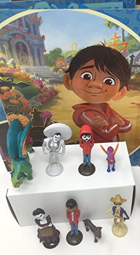 Disney Pixar Coco Movie Day of the Death Deluxe Mini Cake Toppers Cupcake Decorations Set with 12 Figures by Disney Coco (Image #4)