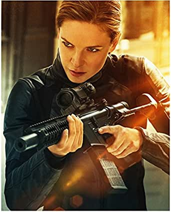 Mission Impossible Rebecca Ferguson as Ilsa Faust with ...