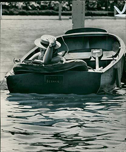 Henley Regatta (Vintage photo of Henley Royal Regatta:Henley points of view.)