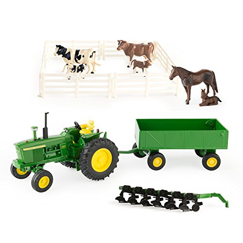 (Ertl John Deere Farm Toy Playset)