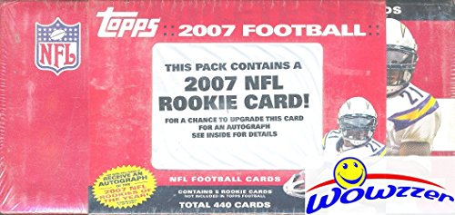 (2007 Topps NFL Football 445 Card Factory Sealed Factory Set with Adrian Peterson, Calvin Johnson Rookies & Many More! Includes Hall of Famer's Tom Brady, Brett Favre, Peyton Manning & More! WOWZZER! )