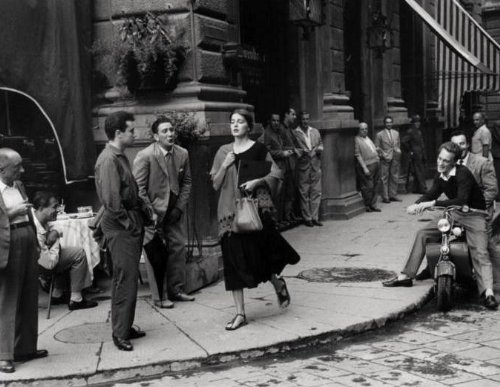 ruth-orkin-an-american-girl-in-italy-photography-poster-print-11x14
