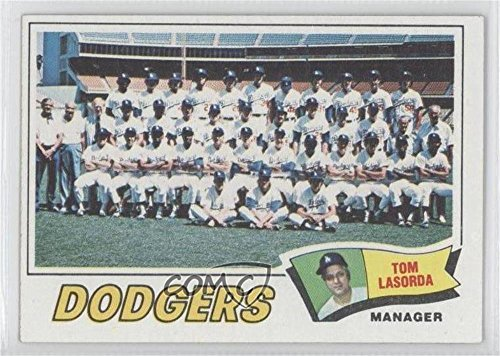 Los Angeles Dodgers Team; Tommy Lasorda (Baseball Card) 1977 Topps - [Base] #504