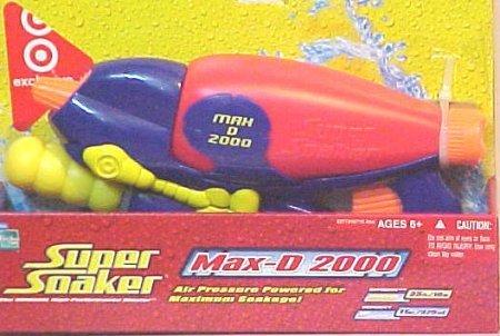 Super Soaker Max-D 2000 Blaster Water Gun by SUPERSOAKER
