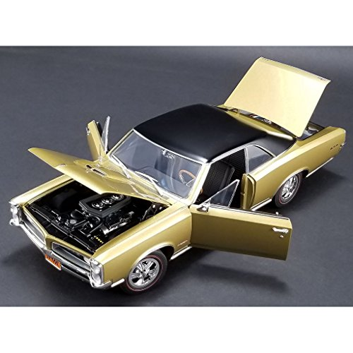 1966 Pontiac GTO Tiger Gold Limited Edition to 460 pieces Worldwide 1/18 Diecast Model Car by Acme A1801208 1966 Trunk Emblem