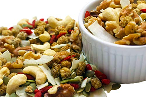 Raw Superfoods Raisins-Free Trail Mix - Tropical Power Blend (Goji Berries, Coconut Chips, Mulberries, Cashews, Walnuts, Pumpkin Seeds) ()