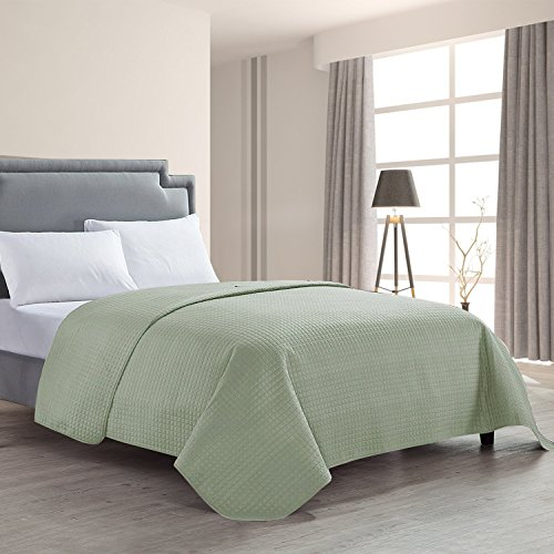 HollyHOME Luxury Checkered Super Soft Solid Single Pinsonic Quilted Bed Quilt Bedspread Bed Cover, Sage, Full/Queen by HollyHOME