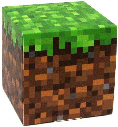 Amazoncom Minecraft Jazwares Papercraft Grass Block Toys  Games