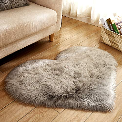 (Heart Shaped Soft Faux Sheepskin Fur Area Rugs for Home Sofa Floor Mat Plush, 3ft x 2.2ft (Grey))