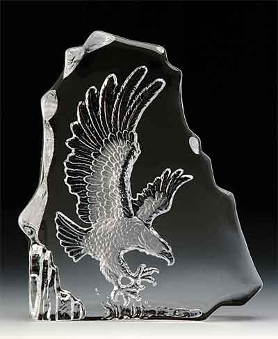 (VG Engraved Lead Crystal - Flying Eagle )