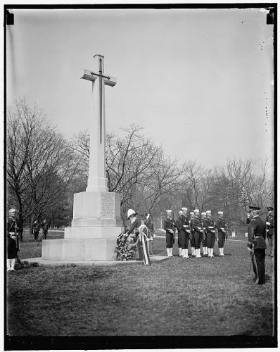 Photo: Governor General,Canadian Cross,John Buchan,Arlington National Cemetery,1937
