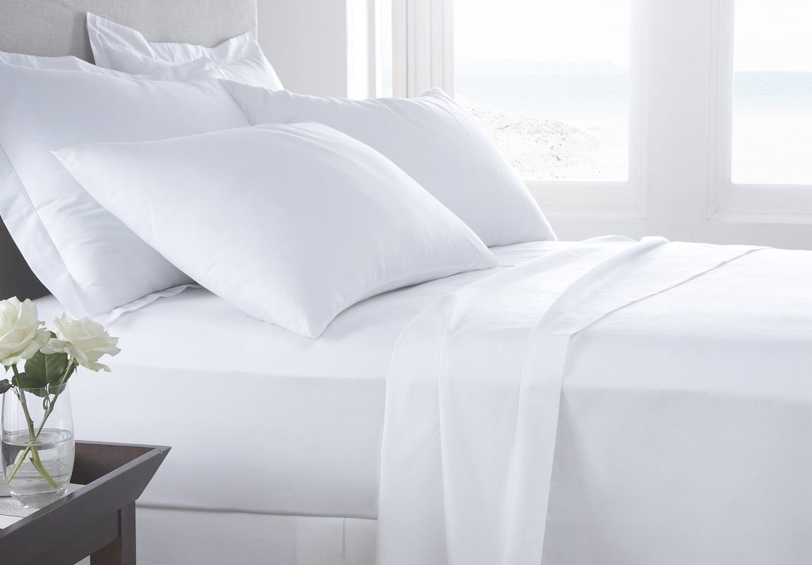 SHEET SET Luxurious Super Percale 1000 Thread Count Egyptian Cotton 4 Piece Sheet Set 15 Inch Deep By Kotton Culture Solid (1 Fitted Sheet 1 Flat Sheet 2 Pillow Cases)(White, King)