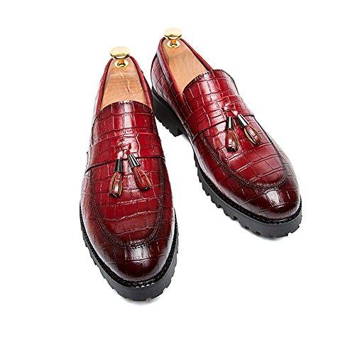 2018 neues Krokodilmuster beschuht Freizeit wilde weiche faule starke Plattformschuhe die treibenden Schuhe der Männer Rot