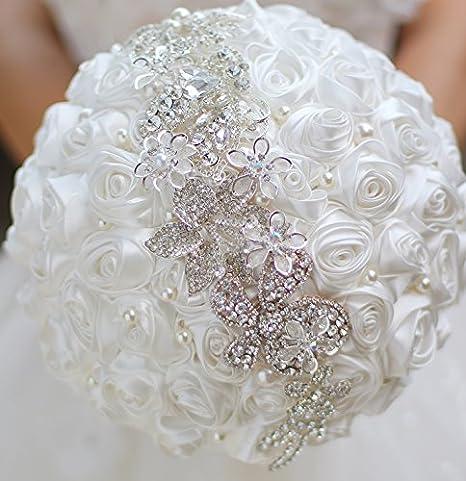 0572bf194b82 Spilla bouquet di rose bianche DIY Bride wedding Crystal bouquet damigelle  mazzo Pearl Crystal bouquet da