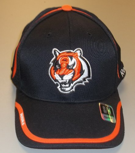 Reebok Cincinnati Bengals 2010 Coaches Structured Sideline Flex Hat Size: - Reebok Hat Football