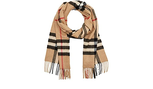 bac7959ccf530 Burberry Heritage Camel Check Scarf 3929522  Amazon.ca  Luggage   Bags