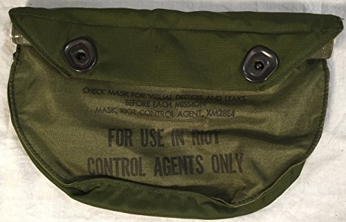 XM28E4 U.S. Army Riot Control Gas Mask Bag with Belt Clips (Riot Control Mask)
