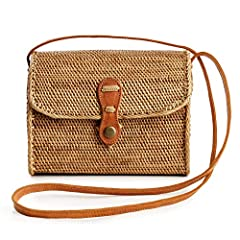 These boho bags are the epitome of elegant, effortless chic. Lovingly handwoven from 100% organic Ata Grass or Rattan and authentic buttery leather. The unique designs are produced and sold by Novum Crafts and loved by women all over the worl...