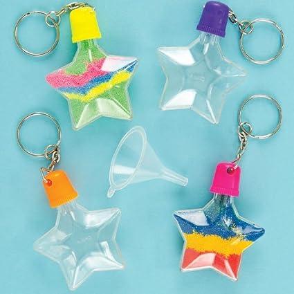 Baker Ross Llaveros en forma de estrella para decorar con arena de 6 cm con embudo para que los niños diseñen y decoren con arena de colores (pack de 5).: Amazon.es: Hogar