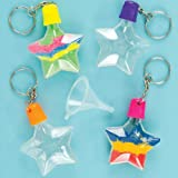 Baker Ross Llaveros en forma de estrella para decorar con arena de 6 cm con embudo