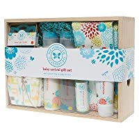 Honest Baby Arrival Gift Set (7 Pieces) from Honest