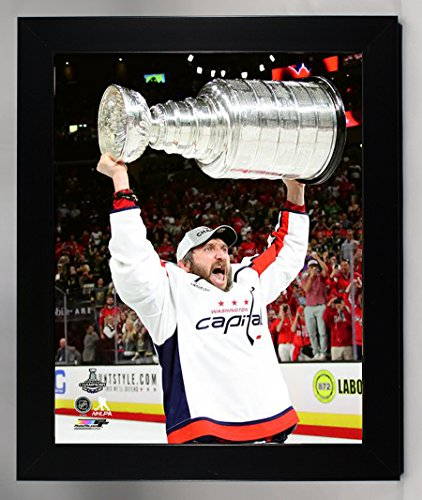 (Framed Washington Capitals 2018 Stanley Cup Campions, Alex Ovechkin Holds The Stanley Cup 8x10 Photo Picture )
