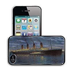 Ships Titanic Vehicles Night View Apple iPhone 4 / 4S Snap Cover