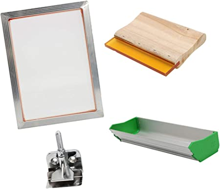 Material: aluminio (marco), fibra de poliéster (malla), acero (abrazaderas de bisagra), aleación de
