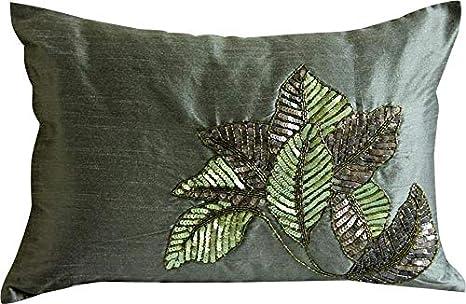 Amazon.com: Las fundas de almohada HomeCentric decorativas ...
