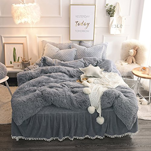 LIFEREVO Luxury Plush Shaggy Duvet Cover Set (1 Faux Fur duvet cover + 2 Pompoms Fringe Pillow Shams) Solid, Zipper Closure (King (King Bedding)