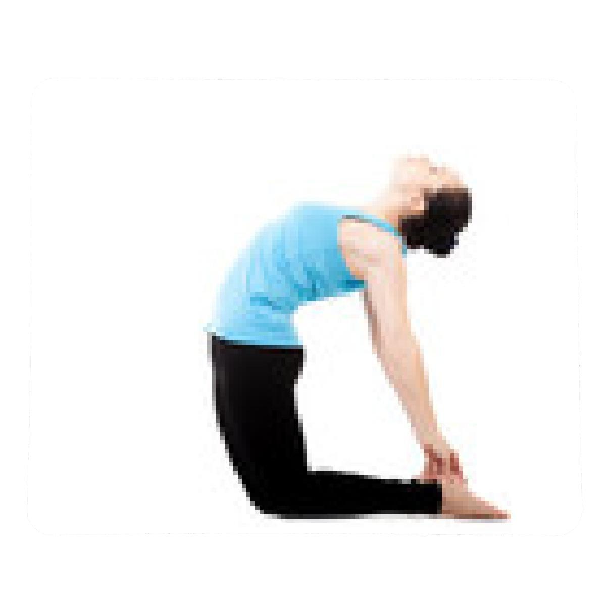 alfombrilla de ratón Yogui de la mujer en el yoga asana ...