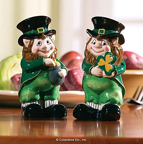 (Lovable Irish Leprechaun Salt & Pepper Shaker Set)