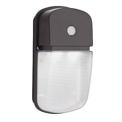amazon com lithonia lighting olwp led p1 40k 120 pe bz m4 23w dusk rh amazon com Bodine B50 Emergency Ballast Wiring Diagram Fluorescent Light Fixture Wiring Diagram