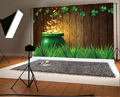 Laeacco 10x6.5ft Vinyl Photography Backdrop Lucky Shamrock Green Clover Grassland Rustic Wood Board Pot of Gold St.Patrick's Day Photo Background Children Baby Adults Portraits Holiday Symbol